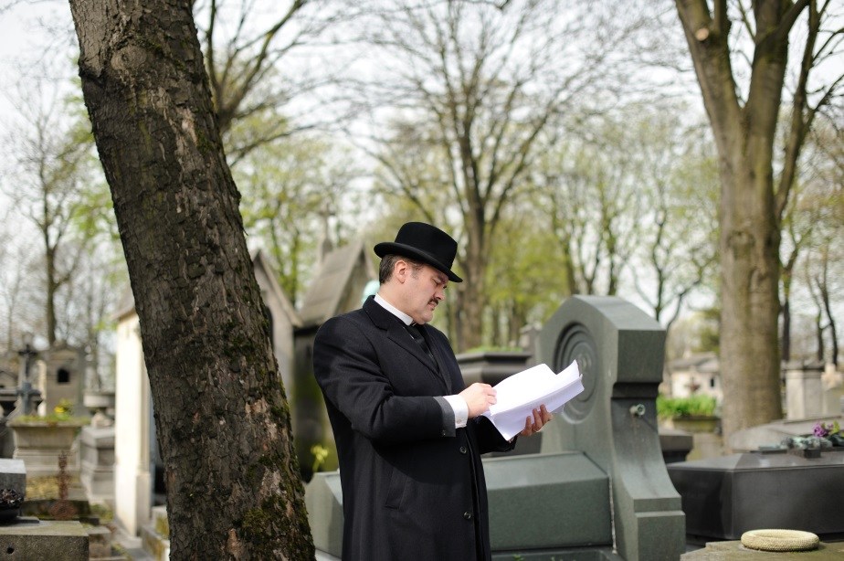 Aden Cardy-Brown as Apollinaire filming in the Pere Lachaise Cemetery, Paris